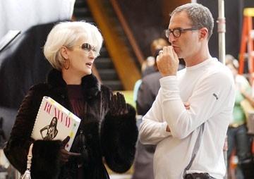 Meryl Streep e David Frankel ne Il diavolo veste Prada
