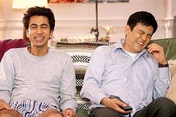 John Cho e Kal Penn in una scena di American Trip