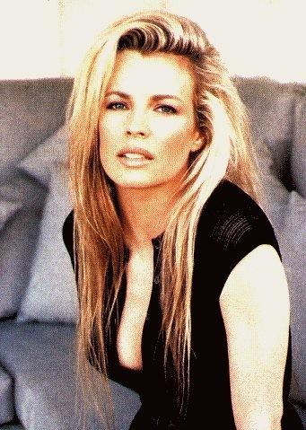 una splendida e seducente Kim Basinger