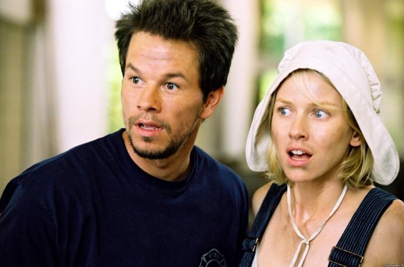 Mark Wahlberg e Naomi Watts in una scena di I Love Huckabees