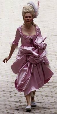 Kirsten Dunst sul set di Marie-Antoinette