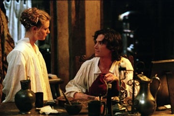 Billy Crudup e Claire Danes in una scena di Stage Beauty