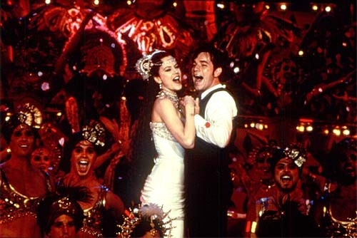 Satine e Christian finalmente uniti in Moulin Rouge