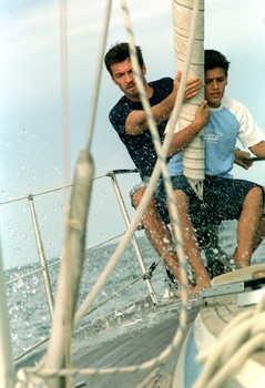Alessio Boni con Matteo Gadola in una scena di Quando sei nato non puoi più nasconderti