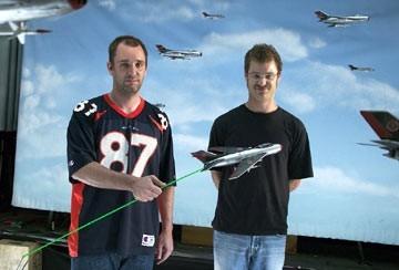 """Trey Parker e Matt Stone sul """"set"""" di Team America"""