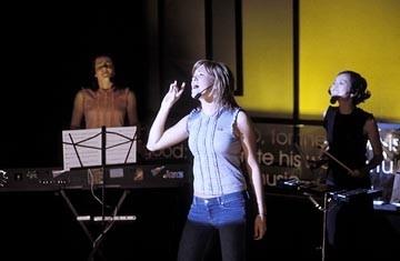 Jena Malone, Mandy Moore e Elizabeth Thai in Saved!
