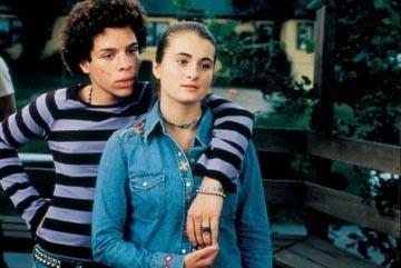 Robin De Jesus e Joanna Chilcoat in una scena di Diventeranno famosi - Camp