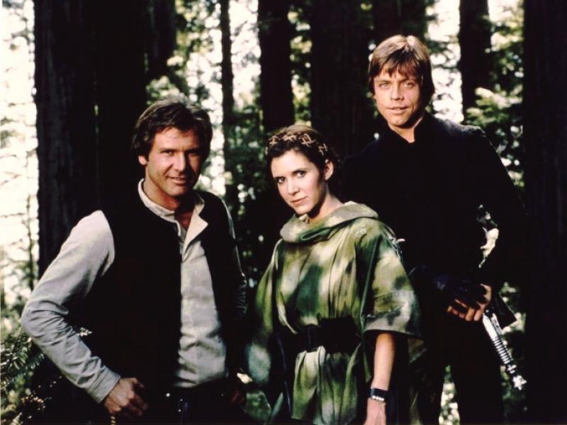 Mark Hamill, Carrie Fisher e Harrison Ford sono Luke, Leia e Han