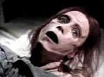 Andrew Hubatsek nei panni di Zelda, in una scena di Cimitero Vivente