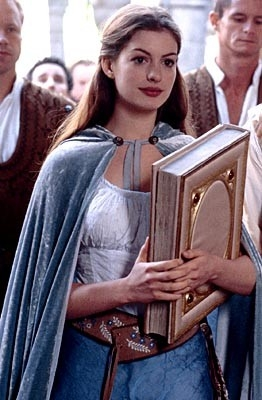 Anne Hathaway in una sequenza di Ella Enchanted