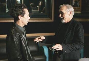 Dennis Hopper - voce narrante di Inside Gola Profonda - con il produttore Brian Grazer