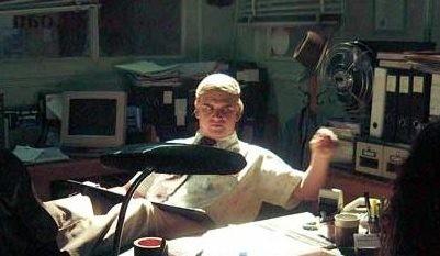 Noel Sheridan in una scena di Undead