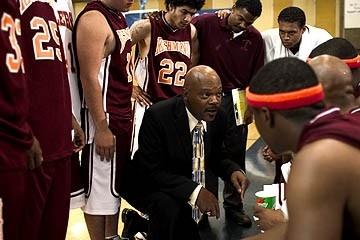 Samuel L. Jackson in una scena del film Coach Carter