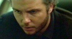 William Petersen in una scena di Manhunter: Frammenti di un omicidio