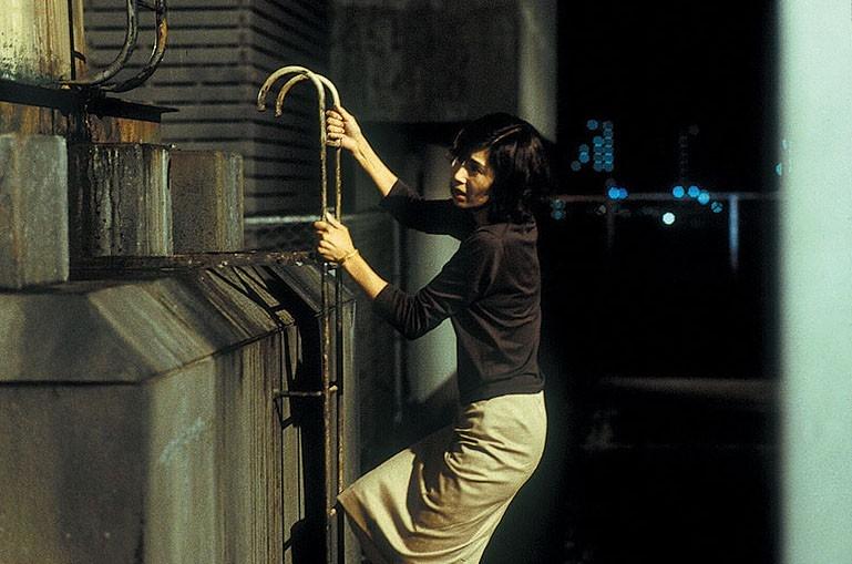 Hitomi Kuroki in una scena di Dark Water