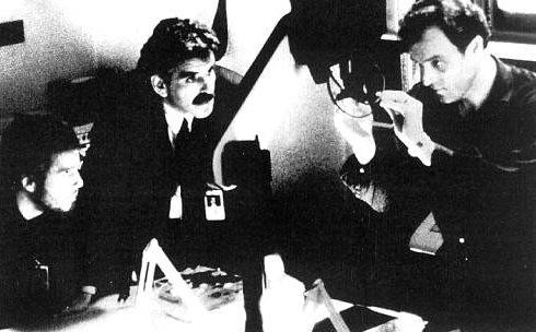 William Petersen e Dennis farina  in una scena di Manhunter