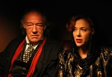 Annette Bening e Michael Gambon in Being Julia