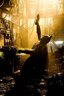 Christian Bale in una scena di Batman Begins, primo capitolo della saga ideata da Nolan