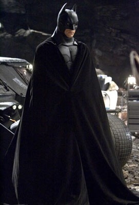 Christian Bale in una scena del film di Nolan, Batman Begins