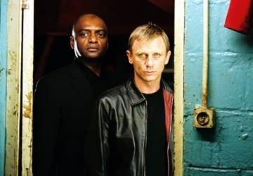 George Harris e Daniel Craig in una scena di The Pusher