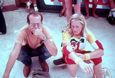 Craig Stecyk e Stacy Peralta in una scena di Dogtown an Z-Boys