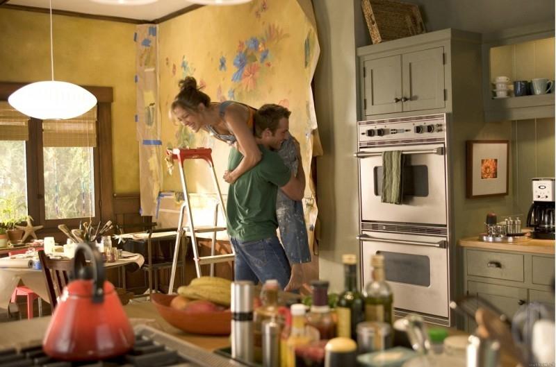 Caos e risate per Jennifer Lopez e Michael Vartan in una scena di Quel mostro di mia suocera