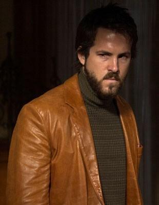 Ryan Reynolds in una sequenza di The Amityville Horror