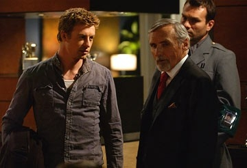 Simon Baker e Dennis Hopper  in una scena di Land of the Dead