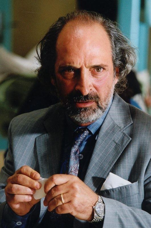 Andy Luotto in una scena di Bonjour Michel