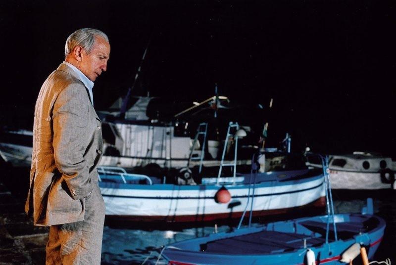 Ben Gazzara in una scena di Bonjour Michel