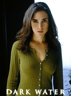 Jennifer Connelly in un'immagine che doveva essere utilizzata per il poster di Dark Water