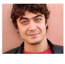 Riccardo Scamarcio - l'attore pugliese è nato il 13 novembre '79