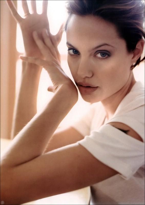una splendida foto di Angelina Jolie