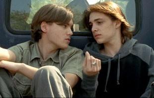 Emile Hirsch e Ryan Donowho in una scena di Imaginary Heroes
