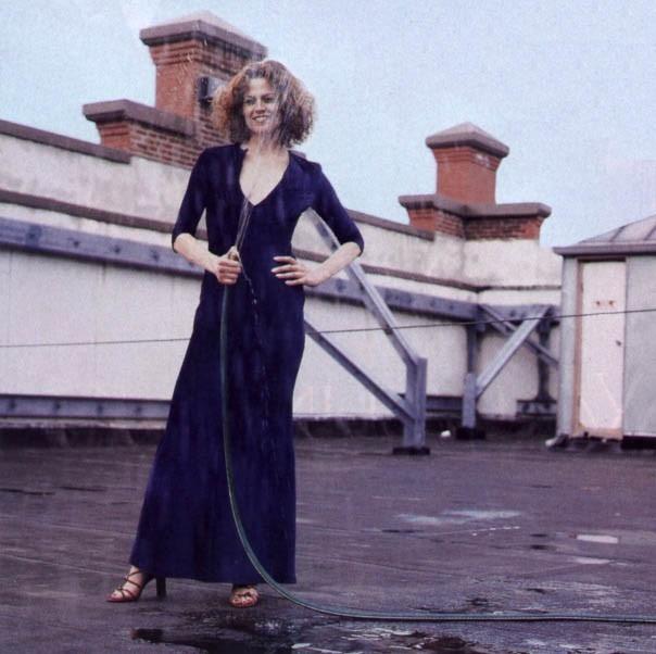 la statuaria Sigourney Weaver