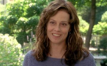 Sigourney Weaver in una scena del film Imaginary Heroes