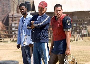 Chris Rock, Burt Reynolds e Adam Sandler in L'altra sporca ultima meta