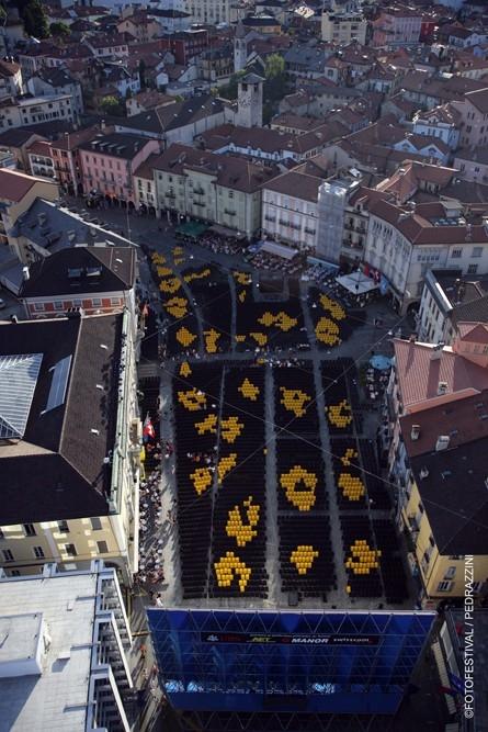 Festival di Locarno 2005: una simpatica immagine della Piazza Grande