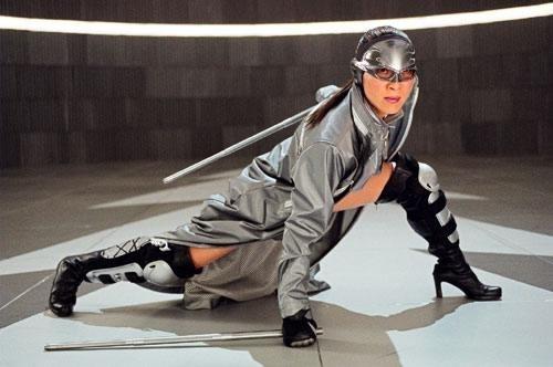 Michelle Yeoh in una scena di Silver Hawk