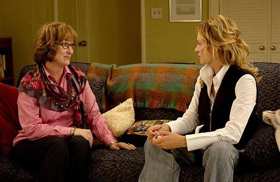 Uma Thurman e Meryl Streep in una scena del film Prime