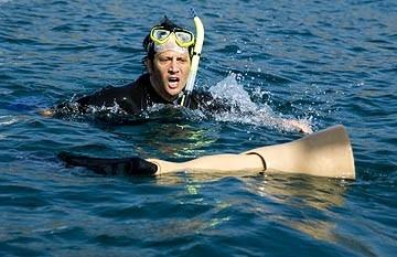 Rob Schneider in una scena di Deuce Bigalow: puttano in saldo
