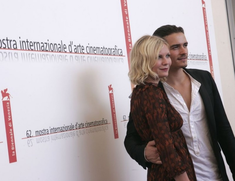 Kirsten Dunst accanto a Orlando Bloom a Venezia per il film Elizabethtown