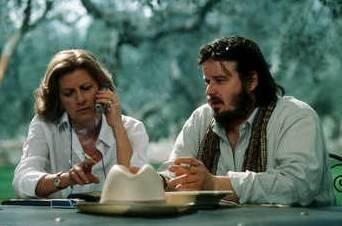 Angela Finocchiaro e Luigi Battistoni in una scena de La bestia nel cuore
