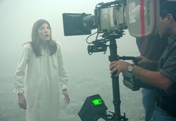 Jennifer Carpenter sul set di The Exorcism of Emily Rose