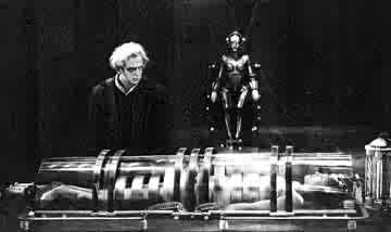 Rotwang, Maria e il robot in METROPOLIS