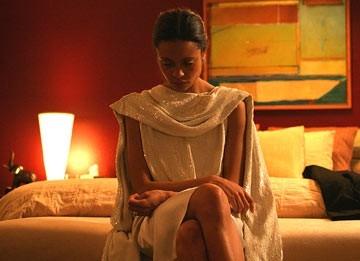 Thandie Newton in una scena di Crash