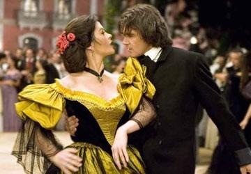Antonio Banderas Catherine Zeta-Jones in The Legend of Zorro