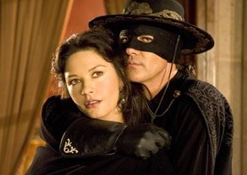 Antonio Banderas accanto a Catherine Zeta-Jones in The Legend of Zorro