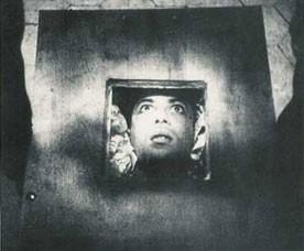 Julian West in una scena di VAMPYR