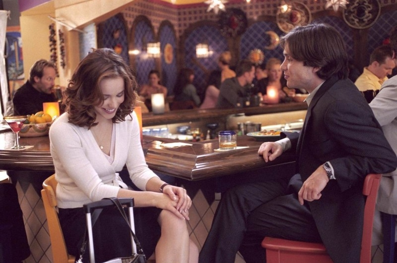 Cillian Murphy e Rachel McAdams in una scena di Red Eye, diretto da Wes Craven